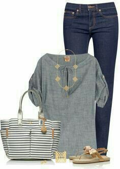 Love the whole outfit; colors, style and the strips on the bag.