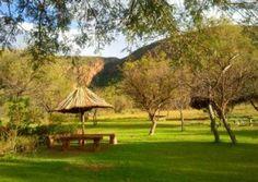 Berg & Rivier Plaas Retreat en Rivieroewer kampering bied ongerepte bosveldnatuur vir 4×4 boswaens en tente. Die kampplekke is almal privaat. Die kampplek bied baie aktiwiteite en 'n salige rustigheid. Berg en Rivier bied ook 'n tentkamp met safari tente en luukse lodge akkomodasie. South Africa, Gazebo, Safari, Outdoor Structures, Camping, Plants, Zimbabwe, Beautiful, Africa
