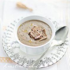 Zupa krem grzybowa z łazankami