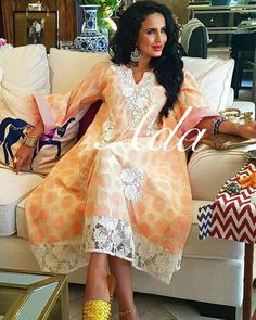 African Attire, African Fashion Dresses, African Dress, Fashion Outfits, Womens Fashion, Oriental Fashion, Indian Fashion, Kaftan Gown, Mode Abaya