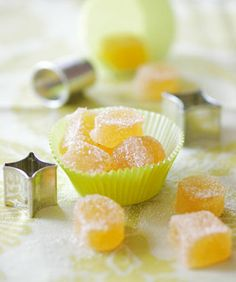 Not only makes children happy and can cure gummy bear addiction: this apple confection is easy to make and so delicious! You are in the right place about baking ingredients illustration Here we offer Snack Mix Recipes, Dessert Recipes For Kids, Candy Recipes, Cupcake Recipes, Baking With Kids, Le Diner, Recipe Of The Day, Baking Ingredients, Chocolate Recipes