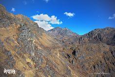 On y est presque ! | Almost there!: http://tazintosh.com #FocusedOn #Photo #Canon EF 24-105mm f/4L IS USM #Canon EOS 5D Mark II #Montagne #Moutain #Rocher #Rock #Village