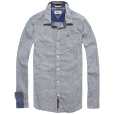 Das klassisch Hilfiger Denim Hemd Teddy mit hochwertiger Materialqualität, Button-Down-Kragen und Farbakzenten an den Ärmeln. Das Logostitching befindet sich an den Ärmeln.100% Baumwolle...
