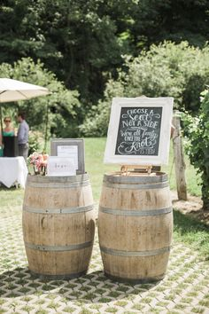July 2015 | Jordan ON | www.kjandco.ca | KJ and Co. vintage rentals at Alicia & Neil's Cave Springs & Inn On The Twenty wedding in Niagara region | Photo by Elizabeth In Love | KJ and Co. vintage ivory frame and chalkboard print | Rustic DIY vineyard wedding