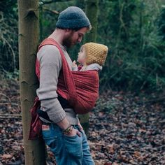 DIDYMOS Babytragetuch Prima rubin-manderine This is sexy 😍 Dad Baby, Baby Kids, Baby Boy, Cute Family, Family Goals, Little People, Little Ones, Baby Sling, Daddy Daughter