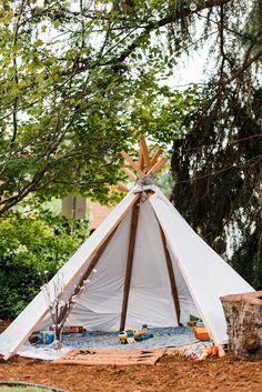 DIY teepee tent as a fun decor for this Portland wedding   Image by The Foxes Photography  #weddinginspiration #wedding #weddinginspo #backyardwedding #outdoorwedding #diywedding #diy #teepee #weddingdecor #reception #weddingreception #receptiondecor