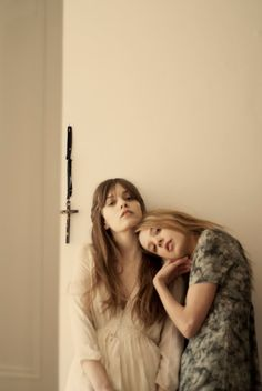 niteostyle:  Summer Sisters by Mofo with Greta and Tijana