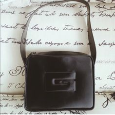 """Vintage Gucci Handbag Purse GUCCI handbag. This bag was purchased about 15 years ago. 100% authentic. Measurements: 10.25""""x8""""x2.5"""". Color : BLACK. Condition : GOOD. Exterior is in great condition. No known marks or scuffs on exterior. Interior shows some wear. Picture shows interior wear for full disclosure. No dust bag Gucci Bags"""