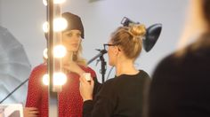 Juffrouw Jansen   Behind the scenes S17 Behind The Scenes, Wall Lights, Home Decor, Appliques, Wall Fixtures, Interior Design, Home Interior Design, Home Decoration, Decoration Home
