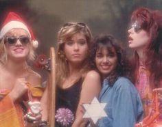 Debbi Vicki Susanna and Micki Susanna Hoffs, Michael Steele, The Bangles Band, Girl Bands, My Music, Get Started, Sunglasses Women, Concert, People