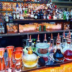 The fantastic cocktail bar at The Bank, Park Hyatt Vienna! Emirates First Class, Emirates A380, Park, Vienna, Budapest, Amsterdam, Dubai, Turkey, Cocktail