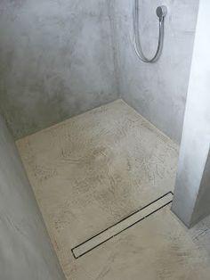 Beton Ciré in der Dusche                                                       …                                                                                                                                                                                 Mehr
