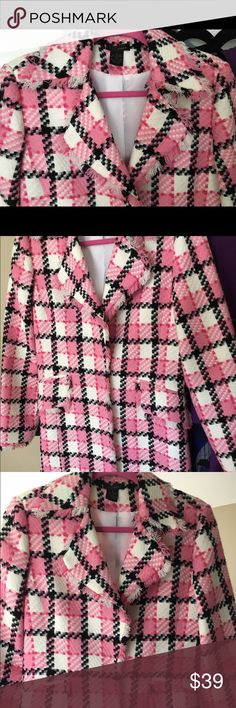 GORGEOUS WDNY NEW BLAZER COAT DRESS. BRAND NEW, NWOT. WDNY LIGHTWEIGHT SPRING COAT DRESS, LONG BLAZER. SLIM, FITTED, FULLY LINED. FEATURES FRINGE DETAIL AT COLLAR, POCKETS, SLEEVES. BEAUTIFUL HUES OF PINK AND BLACK. ABOVE KNEE. SIZE 4. WDNY Jackets & Coats