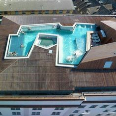 Rooftop pool of Thermald Zurich designed by Althammer Hochili