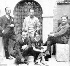 ... Charlie MacArthur, Harpo Marx, Dorothy Parker and Alexander Woollcott