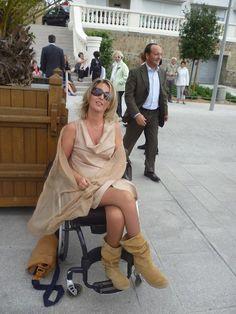 Wheelchairs, Beautiful Women, Lady, Boots, Enjoying Life, Beauty, Fashion, Crotch Boots, Moda