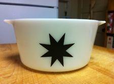 Vintage Pyrex Black Star Casserole 473 RARE