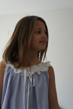 17 mejores ideas sobre Patrón De Pritty Girls, Little Girl Dresses, Girls Dresses, Looks Teen, Kids Dress Patterns, Girls Pajamas, Sewing For Kids, Handmade Clothes, Bikini Girls