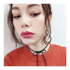 """826 Me gusta, 5 comentarios - 安田レイ (@yasudarei) en Instagram: """"昨日のおめめはグリッターでキラキラに✨ * オレンジとゴールドを混ぜてもらったよ💖 * @meguuuuuchu さん、きゃわなメイクありがとうです😍🙏🏻❤️ * #makeup #メイク…"""""""