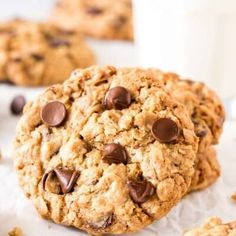 Red Velvet Cake Mix Cookies - Just so Tasty Rice Krispie Treats, Rice Krispies, Oatmeal Chocolate Chip Cookies, Chocolate Chips, Raisin Cookies, Pumpkin French Toast, Pumpkin Cheesecake, Sopapilla Cheesecake, Coffee Cheesecake