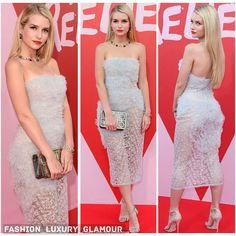 #lottimoss#redcarpet#cannes2017#filmfestival#fashionforrelief#celebrity#blonde#young#katemoss#sister#strapless#white#chic#chiffon#cocktaildress#redlips#fashion#luxury#glamorous#beauty#style#glam http://tipsrazzi.com/ipost/1524695691393609054/?code=BUozqc0Fa1e
