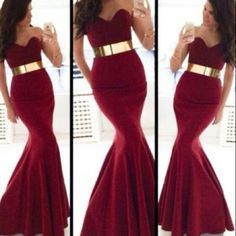 Gorgeous red mermaid dress!