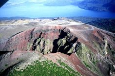 Aerial views of the main eruptive fissure of 18 km long ; back, lake Rotomahana.