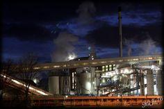 Zuckerfabrik bei Nacht