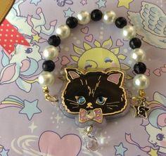 Twinkle Accessory Bracelet (Black Cat) from SWIMMER - Lolita Desu