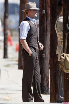 Photos - Ryan Gosling Sports Three Different Looks on 'Gangster Squad' Set - 3 - Celebuzz