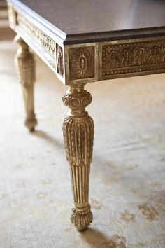 Each piece in Ebanista's collection is a work of art, with a luxurious handcrafted quality. Gorgeous silhouettes, exquisite finishes, special little details. Paint Furniture, Table Furniture, Furniture Update, Coffe Table, Elegant Dining, Vintage Country, Elegant Homes, Luxury Interior Design, Cocktail Tables