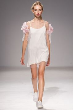 Anna K Kiev Spring 2016 Collection - Vogue