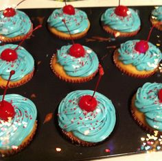 4th of July Alcohol Infused Cotton Candy Vodka Cupcakes