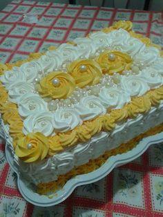 Bolo maravilhoso Cake Icing, Buttercream Cake, Cupcake Cakes, Cupcakes, Unique Cakes, Creative Cakes, Make Birthday Cake, Cakes Plus, Classic Cake