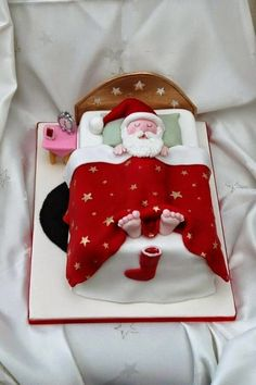 Father Christmas cake - For all your cake decorating supplies, please visit craftcompany.co.uk
