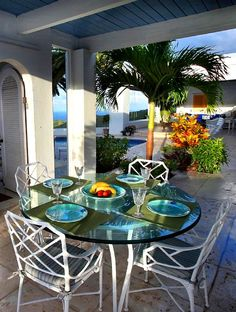 Morning breakfast in Paradise. Larimar. For more #StCroix #vacationrentals go to:  http://villamargarita.com/st-croix-vacation-rentals/  #villamargarita #StCroixRealEstate #USVirginIslands #USVI #dreamhomes #STX #caribbean #USVIproperty #stx #virginislands #beachfronthomes #villas #stcroixbeaches #travel #holiday #StCroixVillas