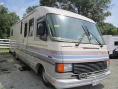 1990 Pace Arrow Bus Motorhome RV Camper Van