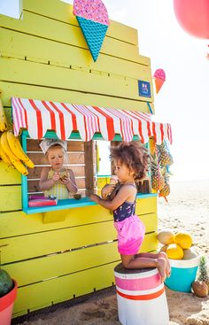 Castle and Cubby Gelato Shop Cubby - made from recycled timber in Melbourne, Australia Kids Cubby Houses, Kids Cubbies, Play Houses, Kids Toy Shop, Play Shop, Backyard Playhouse, Backyard Playground, Diy Projects For Kids, Diy For Kids