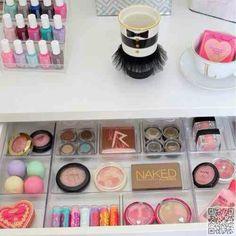 22. #Beautifully Displayed - Find Your #Fantasy Makeup Room #Inspiration Here ... → Makeup #Makeup