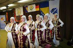 Zablistajte u novim nosnjama na festivalima folklora. Porudzbine na viber/whatss app +38163437102 ili na email: sandzacka.nosnja@gmail.com