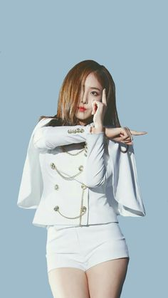 Gfriend Wallpaper Sinb Kpop Girl Groups, Korean Girl Groups, Kpop Girls, Sinb Gfriend, G Friend, Just Girl Things, Stage Outfits, Hot Pants, Korean Singer