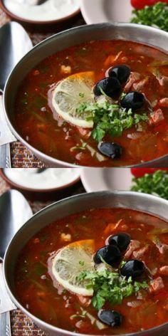 Солянка — традиционное российское блюдо, которое отличается насыщенным мясным вкусом. Её приготовление не требует особых кулинарных навыков, но результат все равно поражает. Да, это блюдо незатейливое, но действительно очень вкусное. Предлагаем вам приготовить солянку по уникальному рецепту, в котором вкус каждого продукта раскрывается на все 100%. Soup Recipes, Cooking Recipes, Blue Food, Halloween Desserts, Russian Recipes, What To Cook, Bon Appetit, I Foods, Entrees