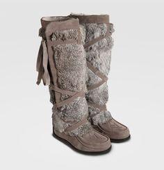 muks boots $400