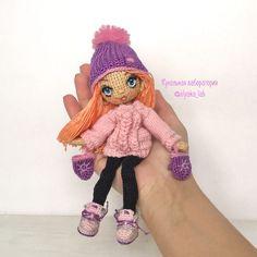 Оля Нижибецкая Knitted Dolls, Crochet Dolls, Knit Crochet, Crochet Hats, Girl Dolls, Baby Dolls, Human Doll, Crochet Doll Pattern, Pretty Dolls