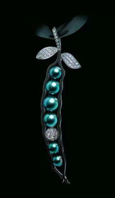 Jewellery Theatre Pearl Dreams