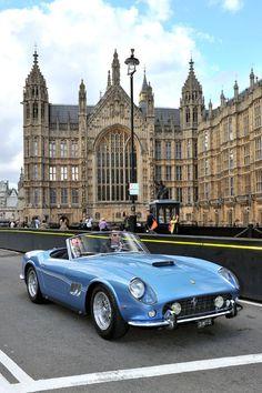 1961 Ferrari 250 GT Scaglietti SWB California Spider For more: goo. Auto Retro, Retro Cars, Vintage Cars, Ferrari Daytona, Ferrari Car, Ferrari 2017, Lamborghini Aventador, Classic Sports Cars, Classic Cars