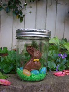 easter crafts jar---toooooo cute and a different idea for Easter baskets.