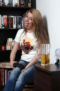 Paulina, our fb fan shared her Samurai tee picture! Thanks a lot! Paulina has a plastic hart! :)
