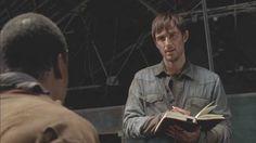 Qual é a contagem de corpos hoje , Garrett ? O seu e o dos seus . Pq quando você não é mais o gado mas o  açougueiro , o cutelo está nas suas mãos . E a sua própria ...vilania é quem faz o corte . Na sua própria carne .  by Cz!p