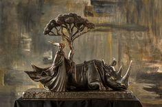 LA MUSE ET LA RHINO, Sergio Bustamante Gallery - Site officiel - Site Officiel Bronze Sculpture, Sculpture Art, Rhino Art, Mexican Artists, Musa, Jesus Loves, Surrealism, Modern Art, Creatures